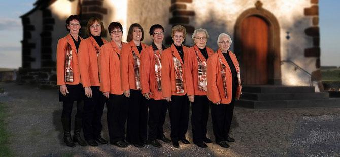 Von links: Ursula Bröss, Martina Wirtz, Linda Barger, Diana Engeln, Christel Mauer, Käthe Schmitz, Hildegard Lenzen, Luzia Krämer