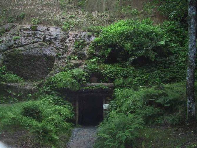 龍源寺間部の入口