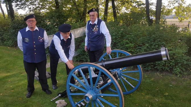 Die Vinner Kanoniere bereiten sich auf den nächsten Schuss vor