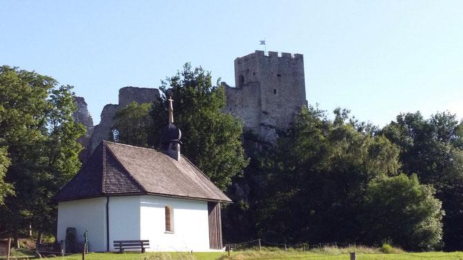 Burg Weißenstein bei Regen