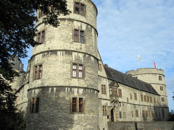 Wewelsburg, Blick auf den Süd- und Ostflügel sowie Nordturm, Büren