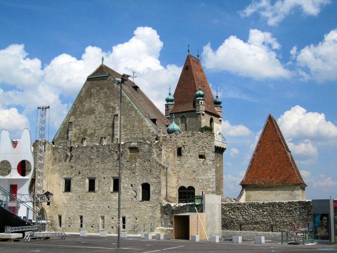 Burg Perchtoldsdorf, Ruinen der Herzogsburg, Wehrturm und Martinikapelle