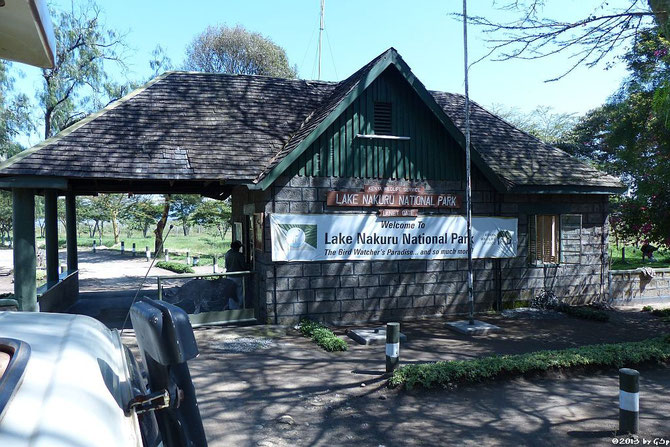 Einfahrt in den Lake Nakuru Nationalpark am LANET GATE