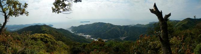 地区内の津島畑山からの展望(506m)