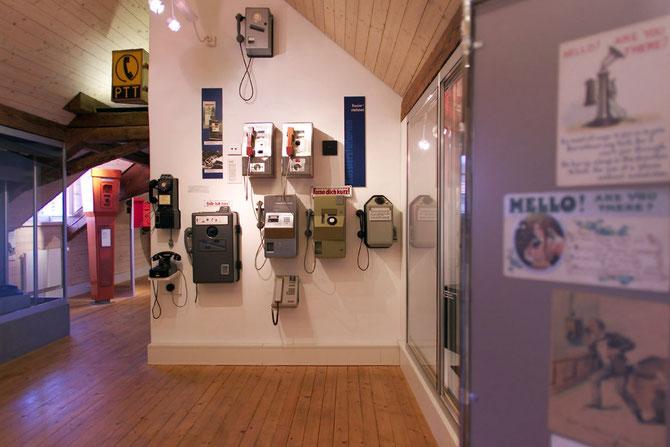 Telephonica: Kassierstationen