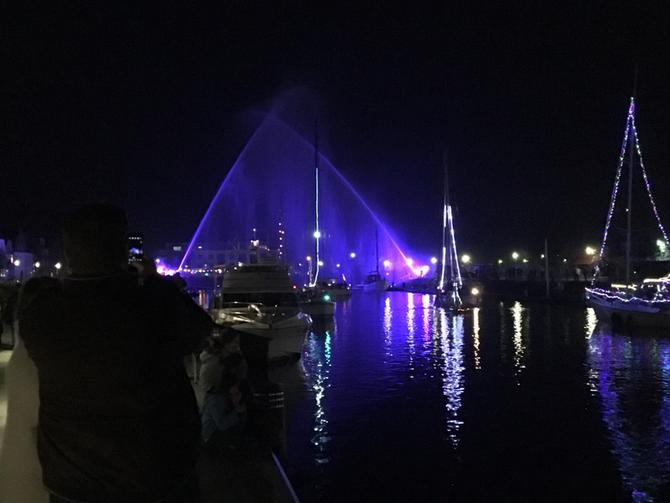Lampionkorso im Glückstädter Binnenhafen
