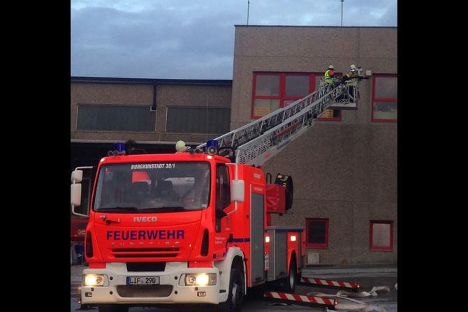 Übung bei der Fa. FTO Obermain in Horb am Main am 25.09.2014 im Rahmen der Feuerwehr-Aktionswoche (3) - (Foto: FF Burgkunstadt)