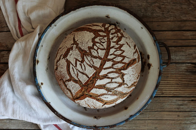 Roggen-Sauerteig-Brot