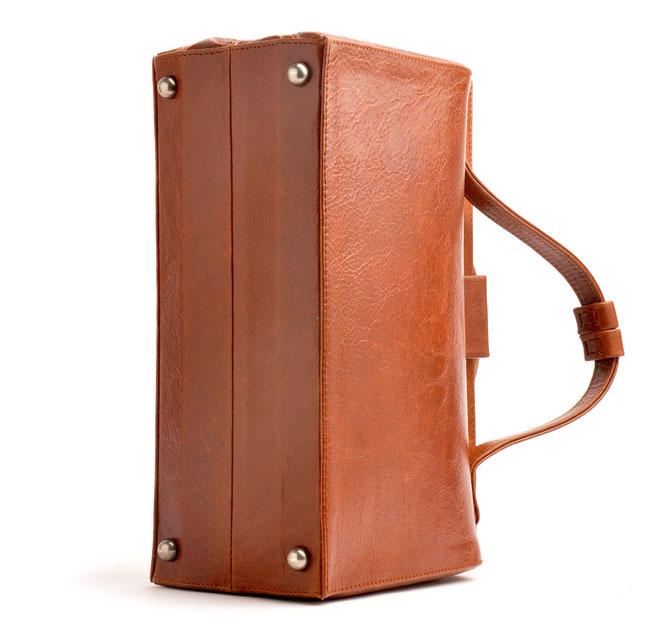 Vintage-Tasche Henkeltasche cognac aus Leder  versandkostenfrei kaufen. OWA Handarbeit