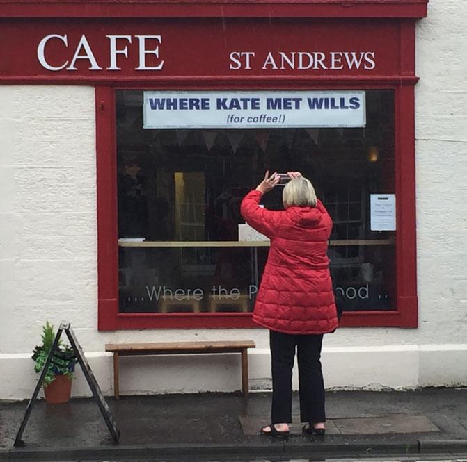Café in St. Andrews, wo sich angeblich das britische Thronfolgerpaar traf, als beide dort studierten.