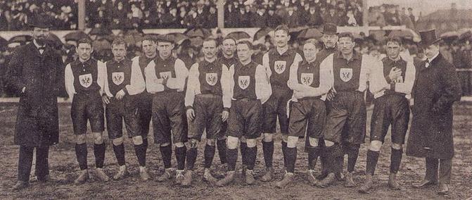 La première sélection allemande de l'histoire, le 5 avril 1908 à Bâle en Suisse.
