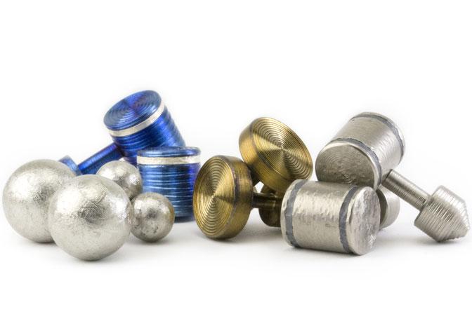 Gemelos Para Camisa actuales en Titanio, Oro, Plata, Platino y Diamantes