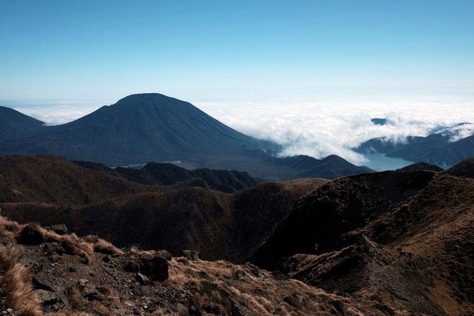 雲が多い日でしたが、中禅寺湖と男体山が見える所から写真をパチリ
