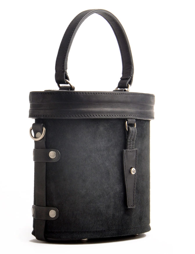 Henkeltasche Ledertasche Tracht im Vintage-Look versandkostenfrei kaufen . Handarbeit OWA FRIDA schwarz