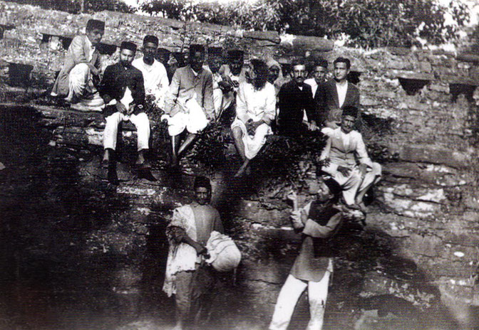 About 1929, Meher Baba accompanied by his companions on tour throughout India.  Courtesy of Glow International - Spring 2018