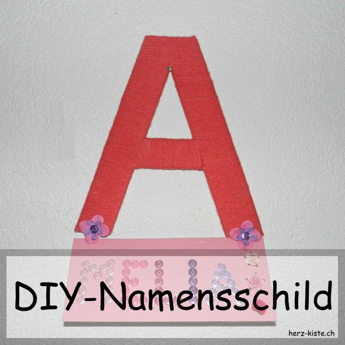 DIY Namensschild aus Garn für an die Zimmertür