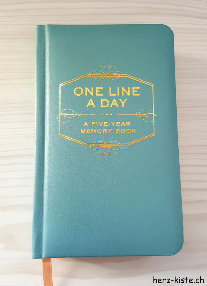 Buch One Line A Day - A fife-year memory book