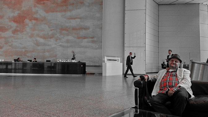Harakiri-Pressefoto Commerzbank