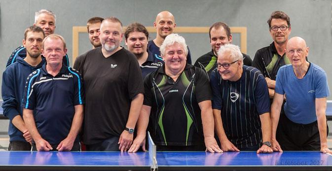 Haben sich bereits auf ein Rückspiel verständigt: die Sportfreunde aus Hüls und Schonnebeck