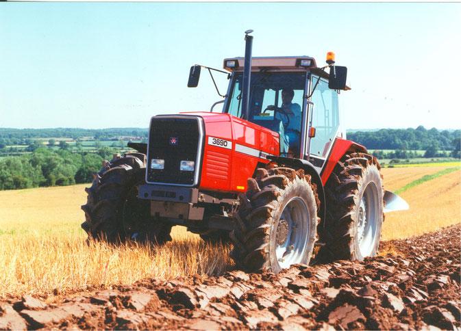 Massey Ferguson 3690 Traktor