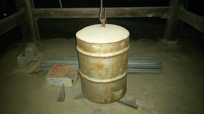 明円寺のコンクリート梵鐘(長野市豊野)