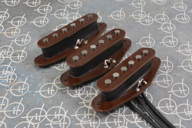 STRAT SINGLE COIL PICKUPS, TOUGH PHENOL FLATWORK VERSION