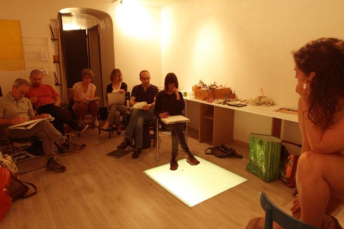 Cours de modèle vivant du crayon nomade, dessin peinture à Bordeaux