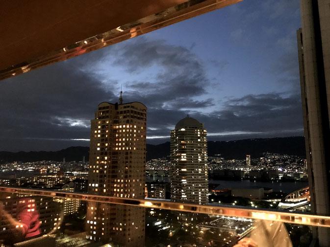 神戸ベイシェラトンホテルのクラブラウンジ席の景色