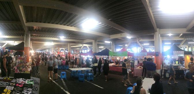 Le Gleenfield Mall, un marché de nuit.