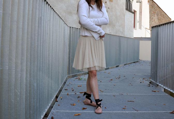 Black Swan vs. White Swan Schnürballerinas Tüllkleid Lederjacke ootd Modeblog Fairy Tale Gone Realistic Passau Fashionblog Bayern Niederbayern München