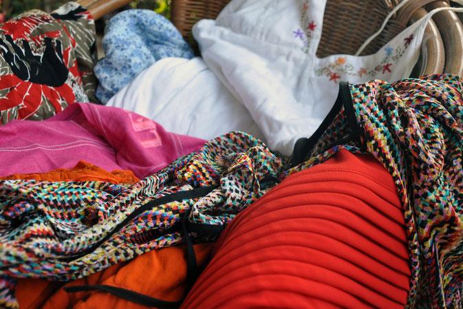 Warum ziehen wir uns im Urlaub geschmacklos an Kleidung Modeblog Fairy Tale Gone Realistic