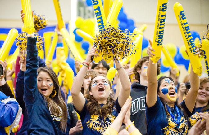 Stdenten bei einem Sport Event an der UCSD: Mache ein Auslandssemester an der University of California, San Diego, Kalifornien