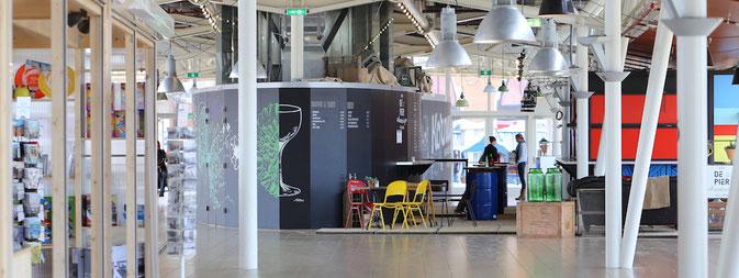 Café auf dem Pier von Scheveningen