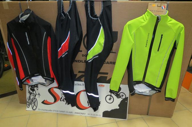 veste NORET th1000 étanche pluie et vent  139€   collant noret TH1000 peau confort 99€00