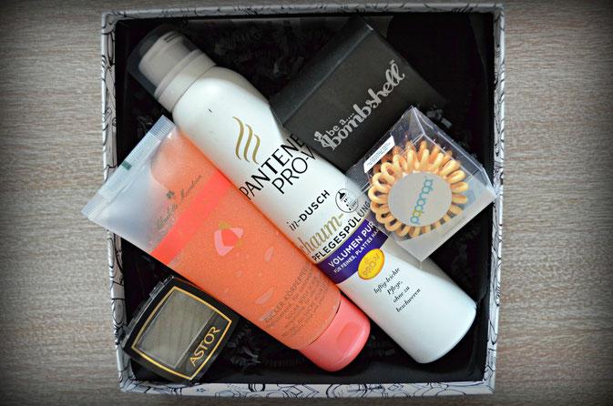 Pink Box mit fünf Beauty Artiklen