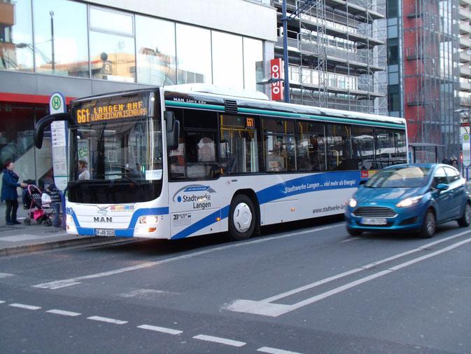 Für Georg Becker, Langen, endet die Interimstätigkeit auf der Linie 661 Langen - Offenbach Marktplatz, welche man für Vineta/Kiel erbracht hatte. Becker gewann den Stadtverkehr Langen zurück, und der neue OF-BB 1026 (MAN A78) ist dafür schon aufgerüstet.