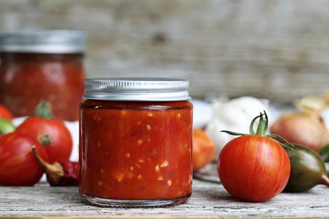 Tomatensalsa mit Gemüse