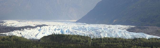 Mantanuska Glacier