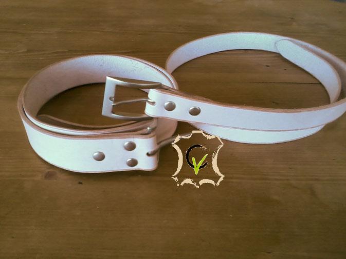 ceinture en cuir tannage végétal naturel, largeurs différentes: 30 - 40 mm, autres largeurs possibles