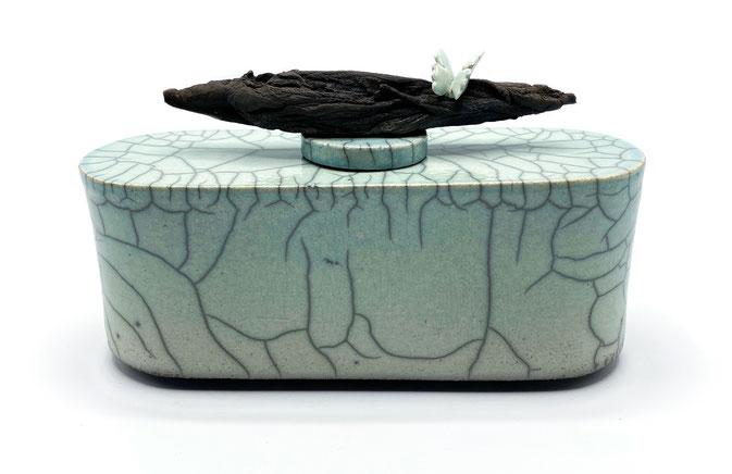 Urn Atelier Vergouw - Raku gestookt