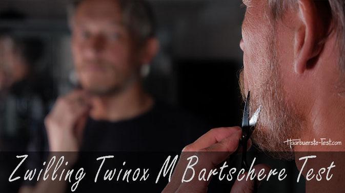 Zwilling Bartschere Test: Die schwarze Zwilling Twinox M ist karbonbeschichtet und hat extra große Scherenaugen für Männerhände. Kann die Bartschere von Zwilling im Praxis Test überzeugen?
