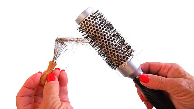 Haarbürste reinigen, Haarbürste reinigen - so geht´s!