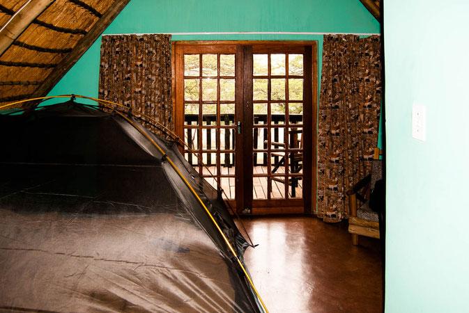 In meiner cabin nr 26 mit weltbestem Moskitozelt :-)