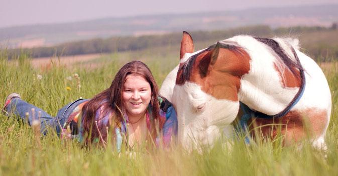 Pferdefotografin und Pferdemalerin Hanna Stemke