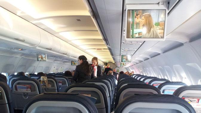 Handgepäck Trolley Test 2018: Handgepäck in der Flugzeugkabine