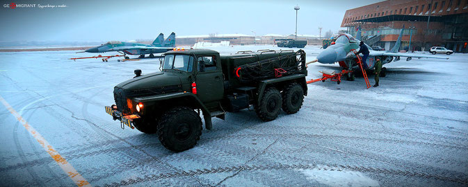 Изображение: Военная база Гюмри в Армении, Леван Блиадэе/geomigrant.com