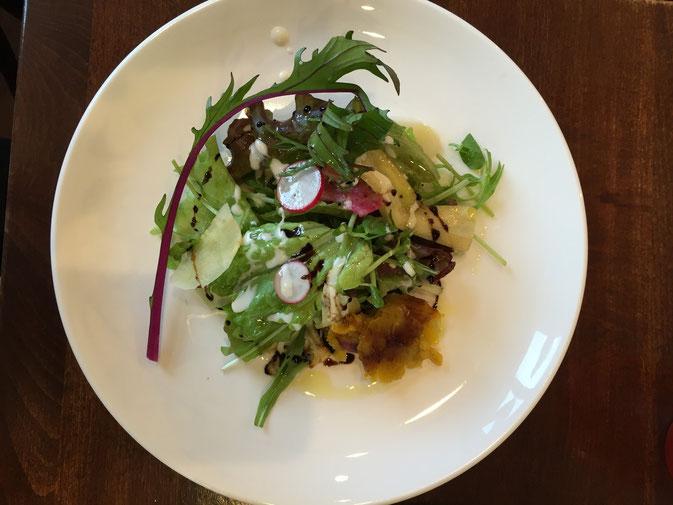 ビストロイグレックのお野菜は旬の物を多く取り入れております。