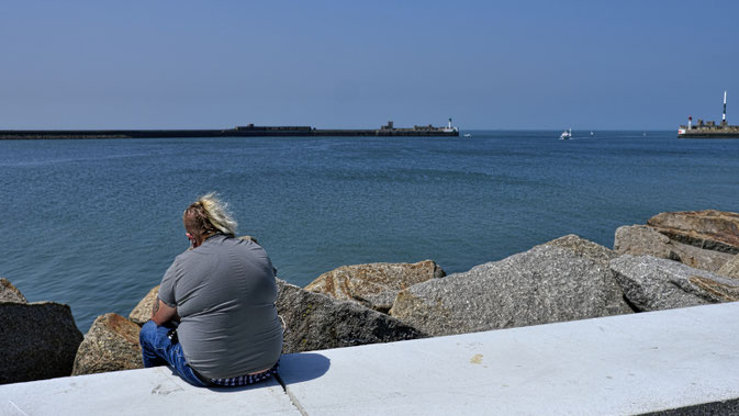Mathieu Guillochon photographe, France, Normandie, Le Havre, port, jetée, phare, voyage, mer, rivage, littoral.