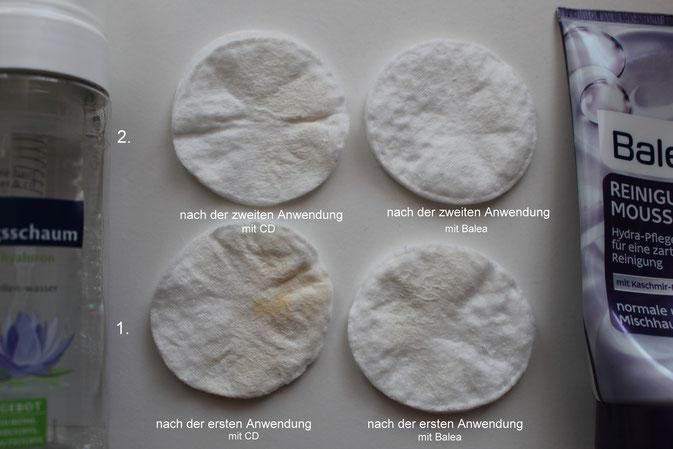 Bild : Rückstände auf einem Wattepad nach der Reinigung mit dem CD Reinigungsschaum und Balea Reinigungsmousse