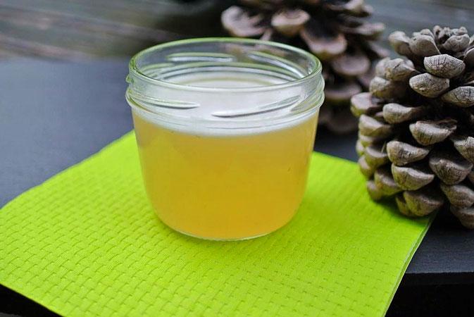 Wald im Glas: Fichtennadel-Gelee (auch für Thermomix)